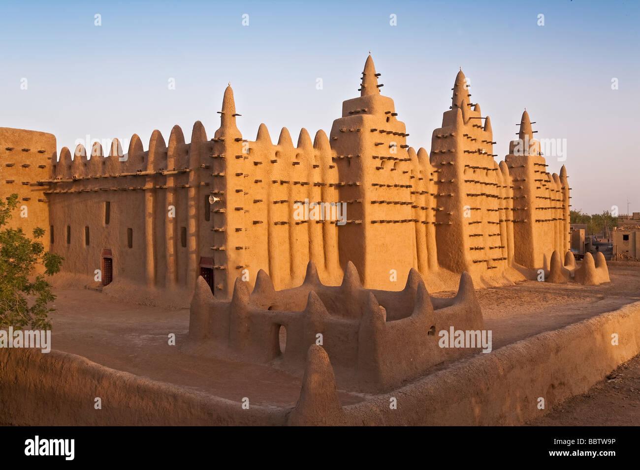 Great Mosque of Djenne, Djenne, Mopti Region, Niger Inland Delta, Mali, West Africa Stock Photo