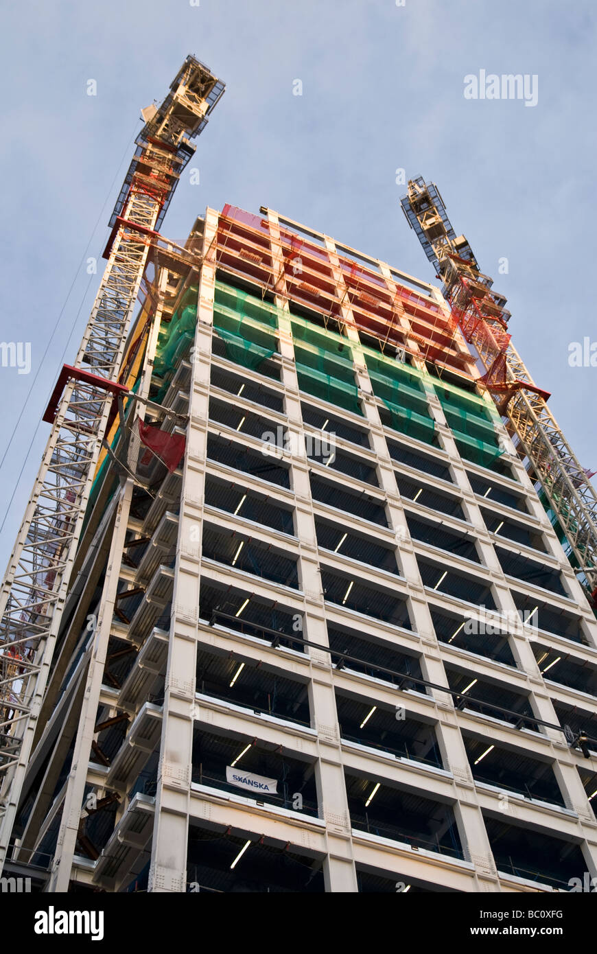 CONSTRUCTION OF TALL BUILDING IN THE CITY OF LONDON - Stock Image