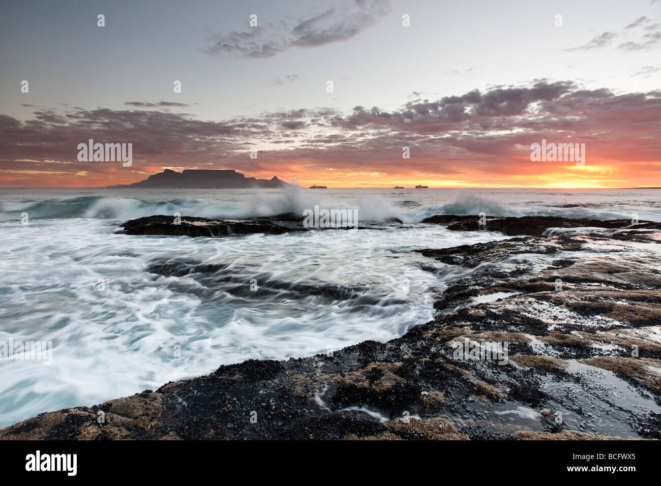 Table Mountain, Cape Town, Atlantic Ocean, Table View, Blouberg Strand, Blouberg Beach, Sunset, Atlantic Seaboard, - Stock Image