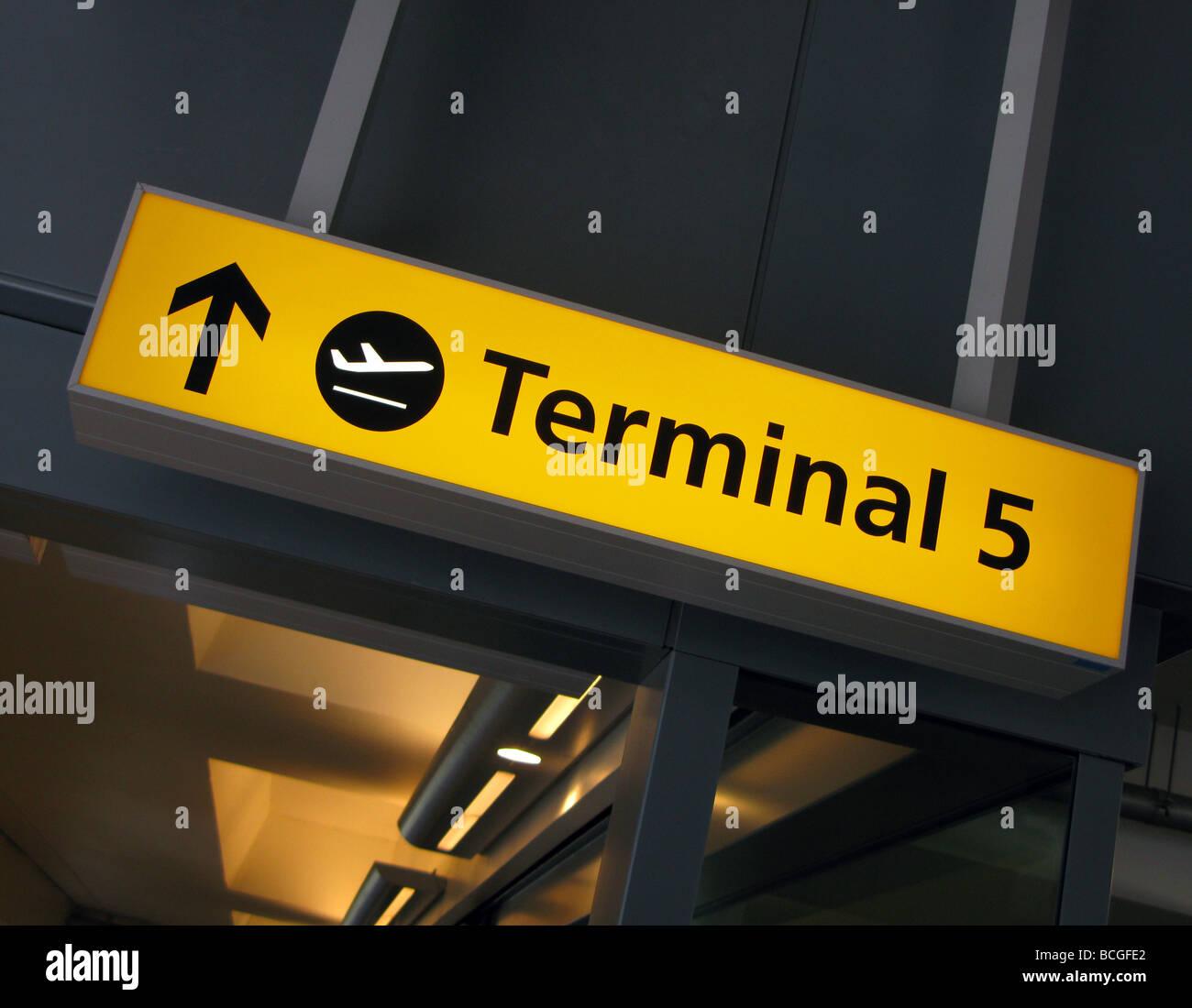Heathrow terminal 5 sign - Stock Image