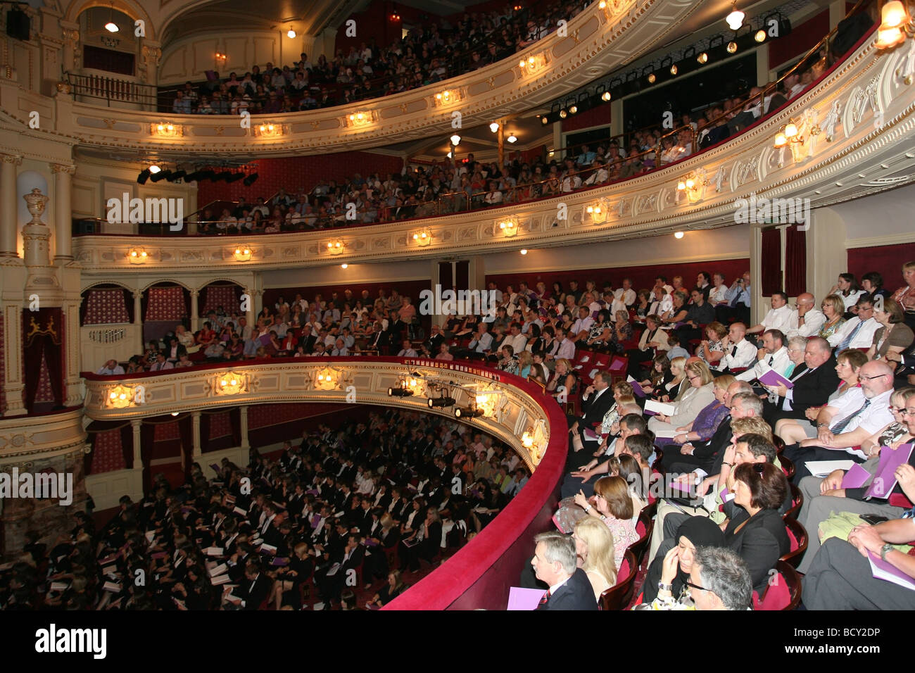the audience in a packed his majesty 39 s theatre in aberdeen. Black Bedroom Furniture Sets. Home Design Ideas