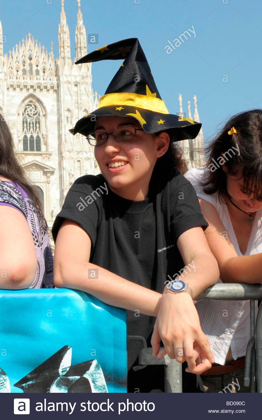harry potter fans, milan 2009, harry potter truck presentation - Stock Image