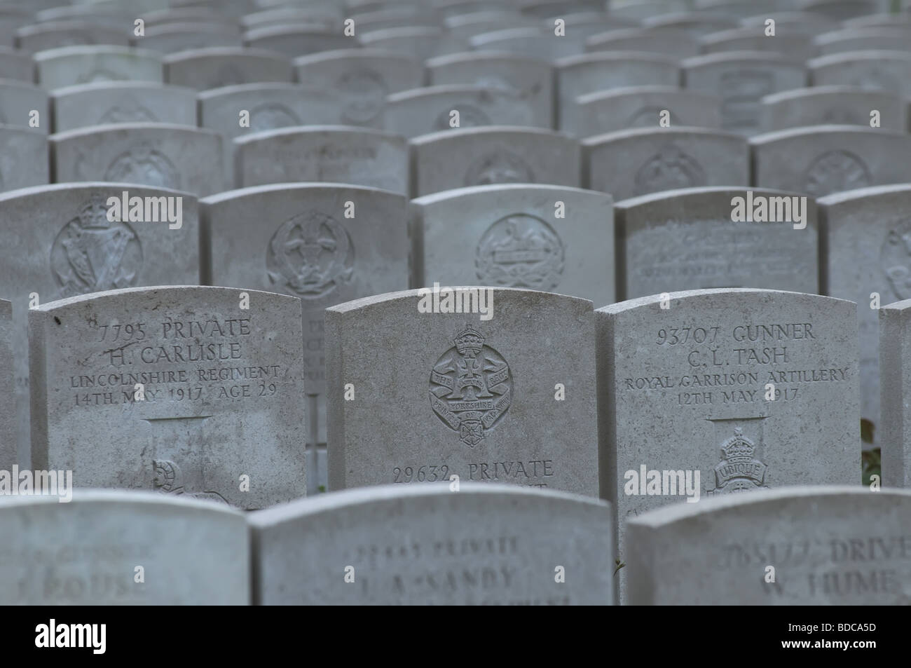 massed-british-graves-at-ovillers-cemete