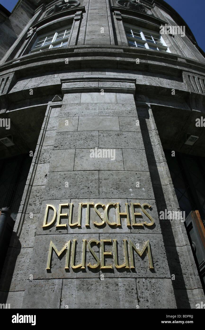 deutsches museum munchen stock photos deutsches museum munchen stock images alamy. Black Bedroom Furniture Sets. Home Design Ideas