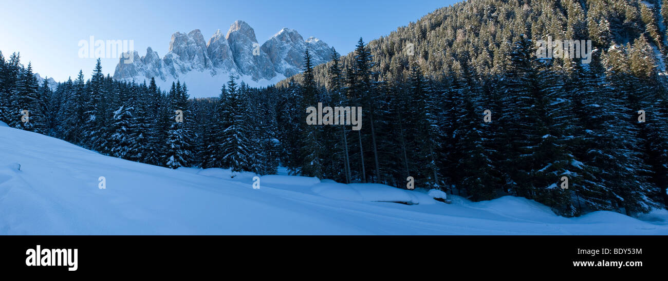 Winter landscape, Le Odle Group, Val di Funes, Italian Dolomites mountains, Trentino-Alto Adige, South Tirol (Tyrol), - Stock Image