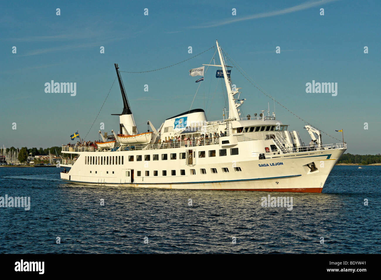 The Swedish archipelago cruise ship Saga Lejon arrives at Vastervik at the end of a day cruise from Nykoping - Stock Image