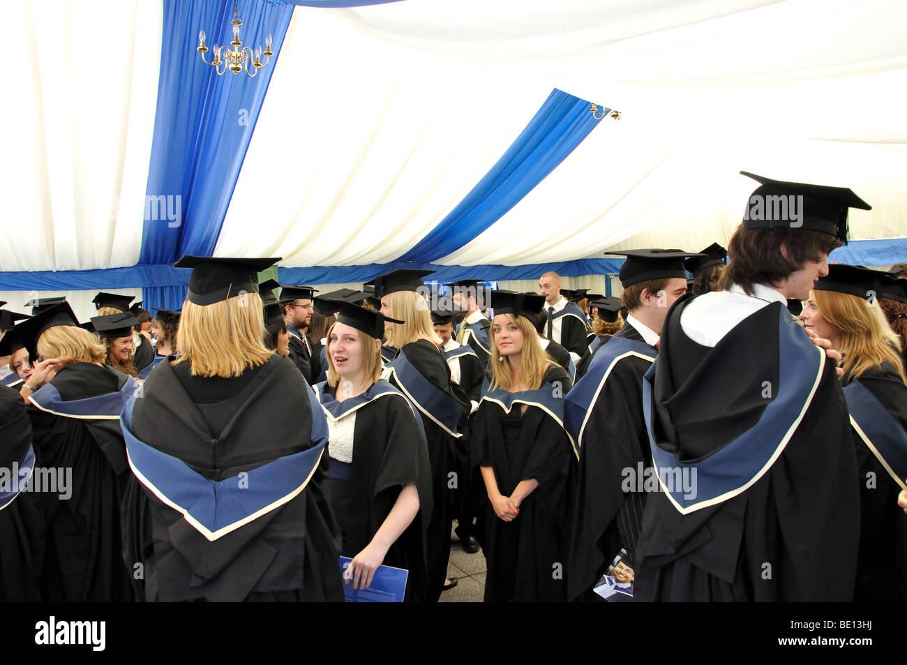 University graduates at graduation ceremony, Oxford Brookes Stock ...