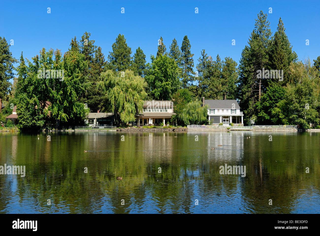 Waterfront property on Deschutes River, Bend, Cascade Range, Oregon ...