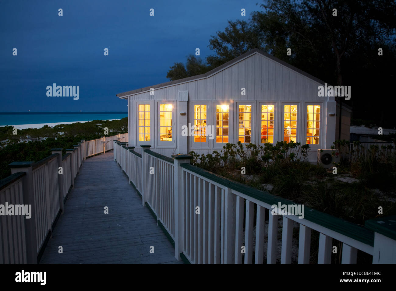 Captain Brooks Tavern on the shore of Midway Atoll - Stock Image