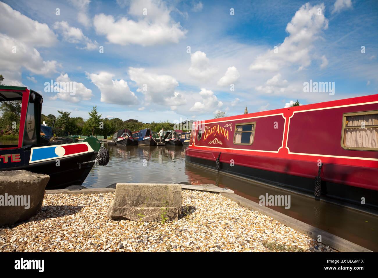 Narrowboats in Rufford - Stock Image
