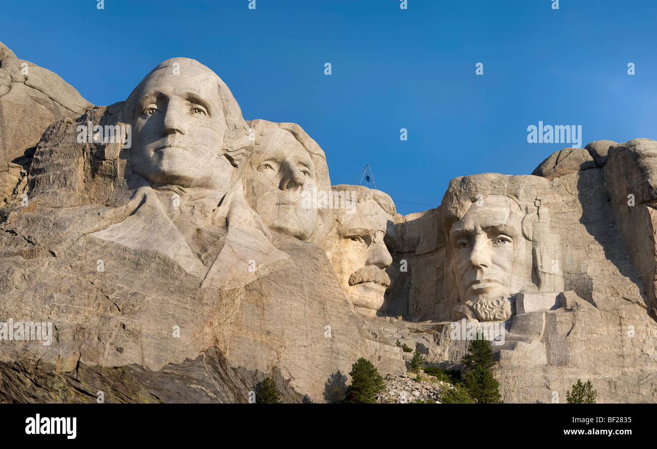 https://c7.alamy.com/comp/BF2835/hi-res-panorama-of-mt-mount-rushmore-national-memorial-south-dakota-BF2835.jpg