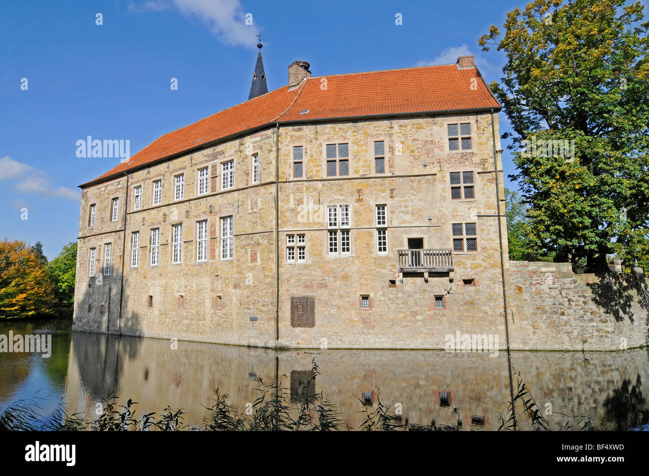 Moat Wasserburg Luedinghausen A Moated Castle Luedinghausen Stock