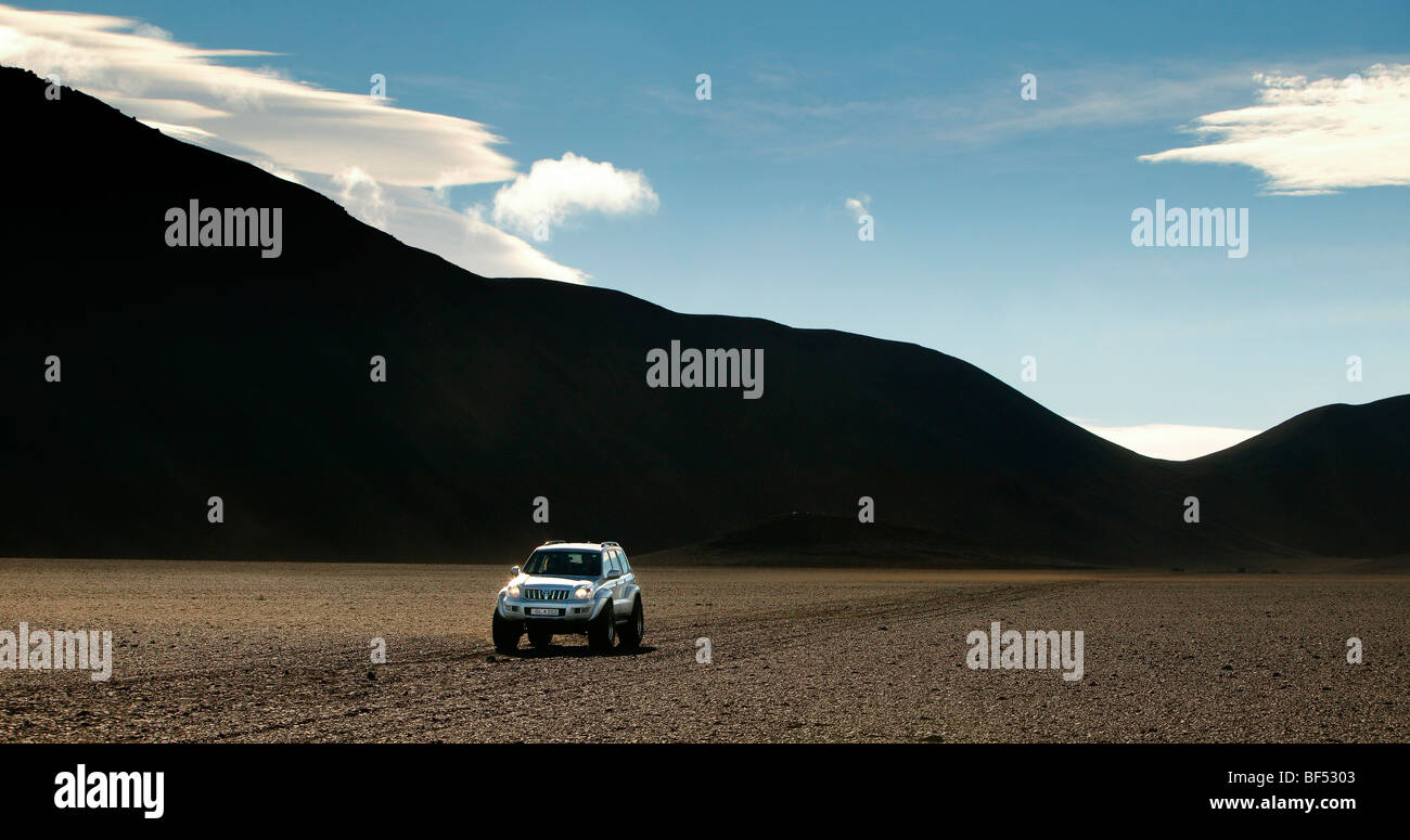 Jeep off roading in Central Highlands, Iceland - Stock Image