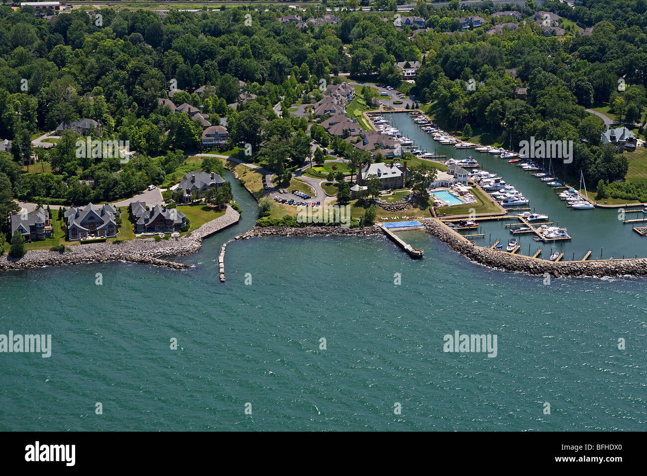 aerial view above Bratenahl marina wealthy suburb Lake Erie Cleveland Ohio - Stock Image