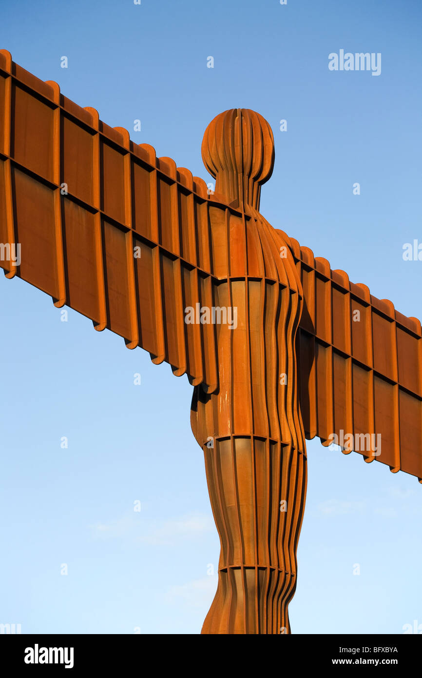 the-angel-of-the-north-sculpture-by-anth