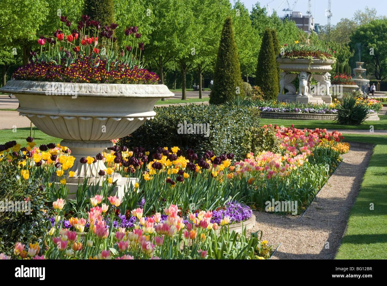 Avenue Gardens Stock Photos & Avenue Gardens Stock Images - Alamy