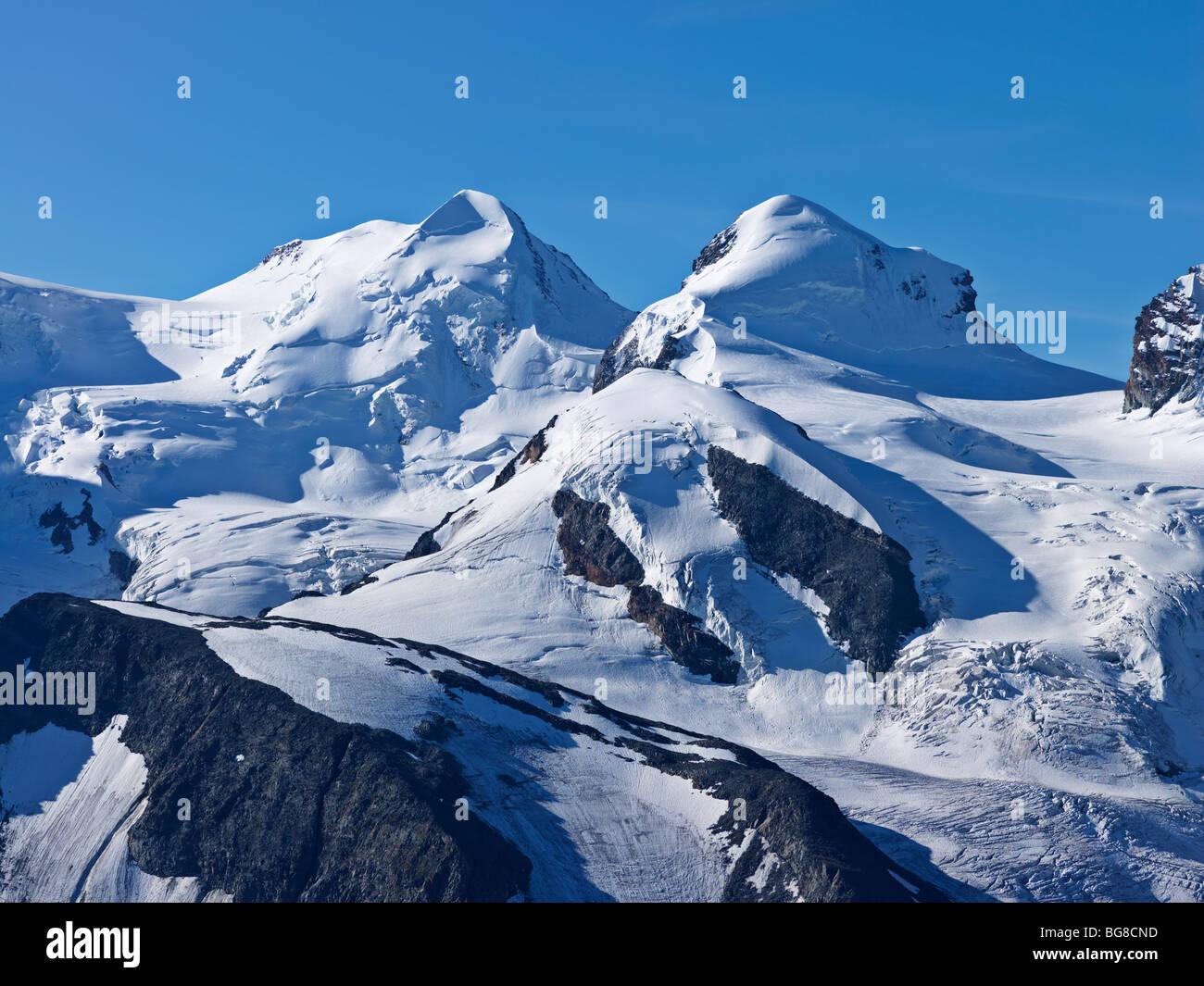 Switzerland, Valais, Zermatt, Gornergrat,peaks of mount Liskamm and Breithorn as viewed from the Gornergrat - Stock Image