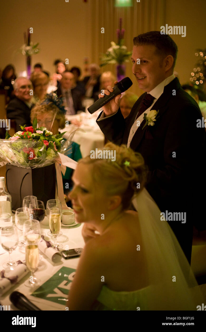 a-new-husband-gives-his-grooms-speech-in