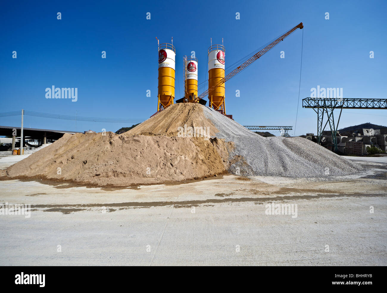 cement-production-plant-and-silos-in-tha
