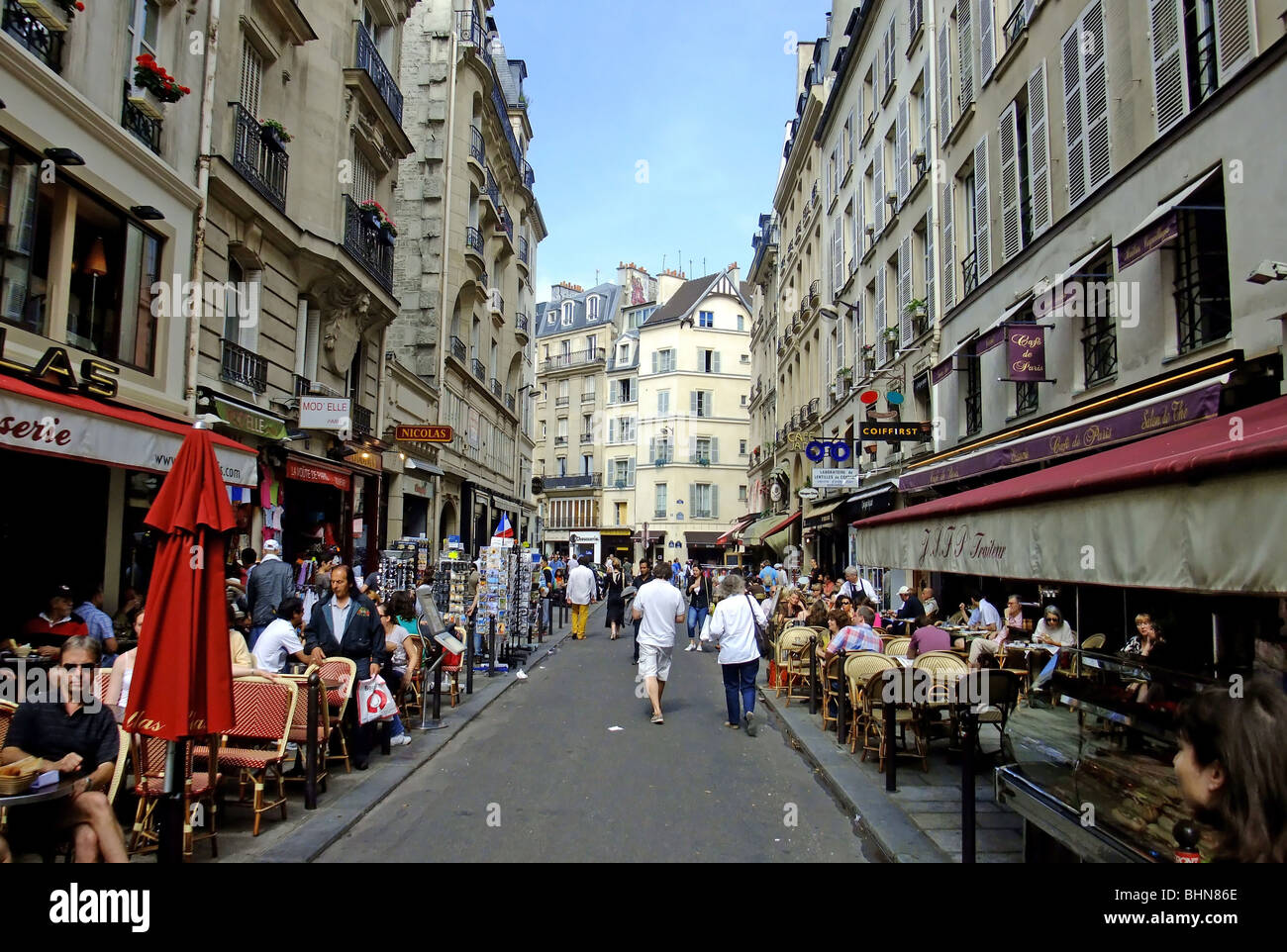 Cafe De Paris St Martin