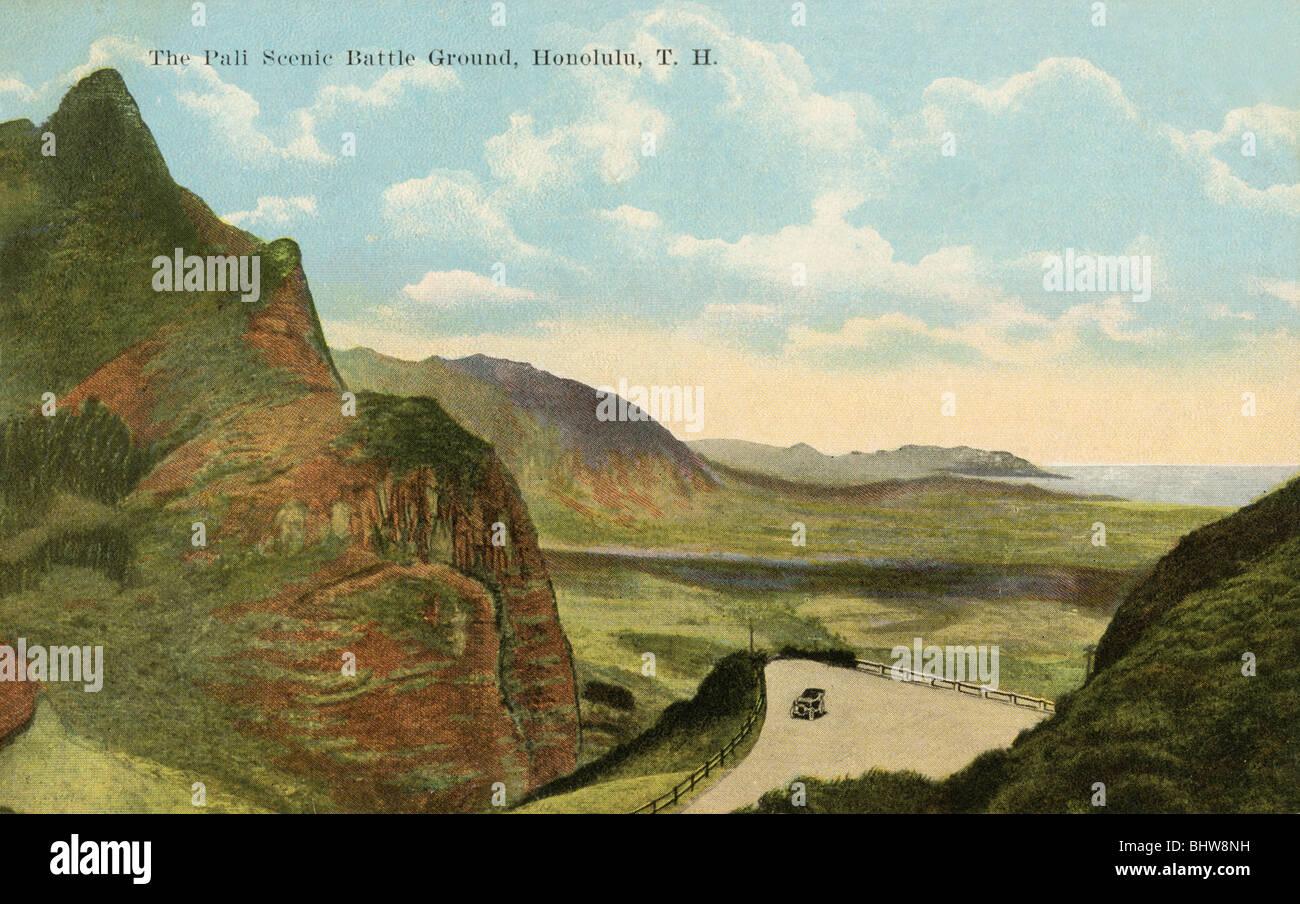Vintage postcard of the Pali Scenic Battleground in Honolulu, Hawaii - Stock Image