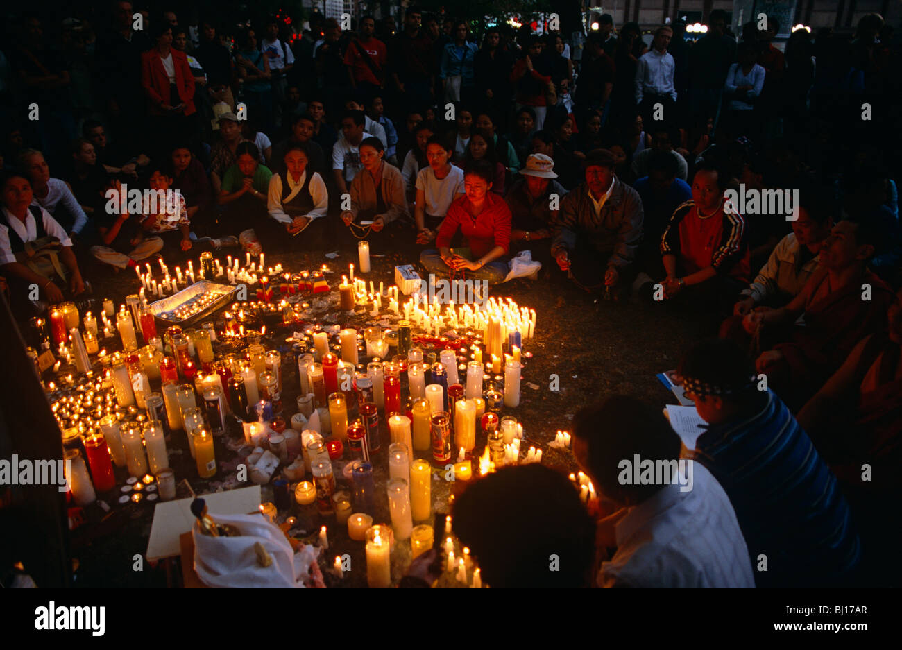 candle-lit-vigil-for-the-dead-and-missin