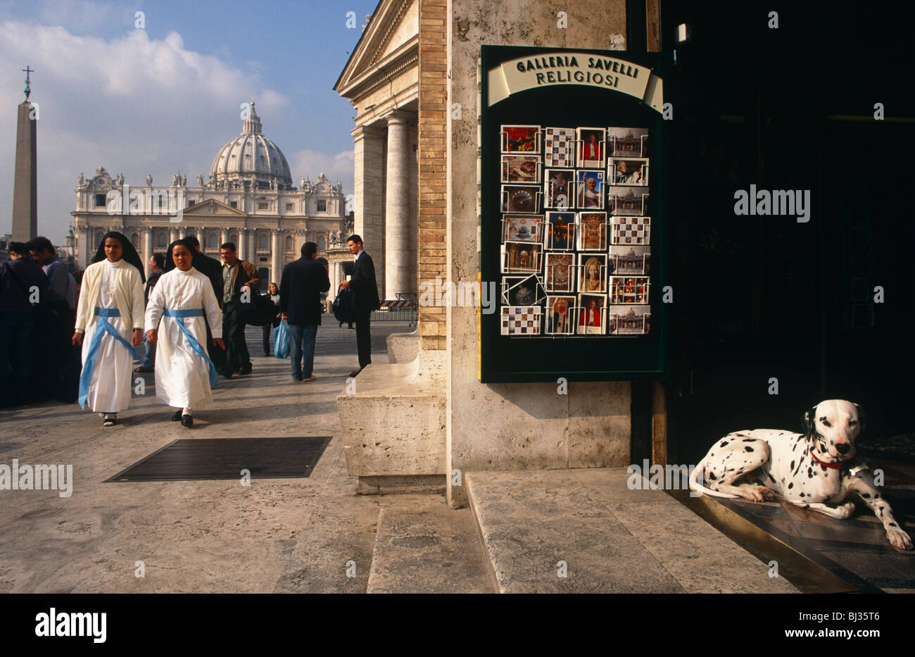 two-catholic-nuns-walk-from-st-peters-sq