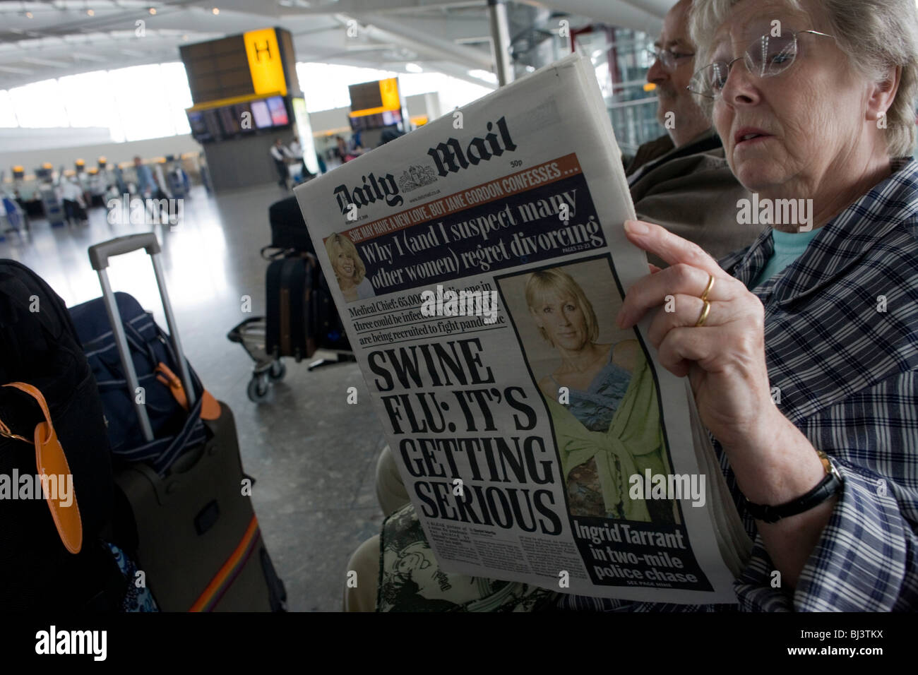 two-elderly-but-travel-wise-passengers-r