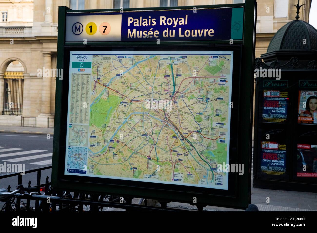 Metro Tube Street Tourist Information Street Map Of Paris - Paris street map with metro stations
