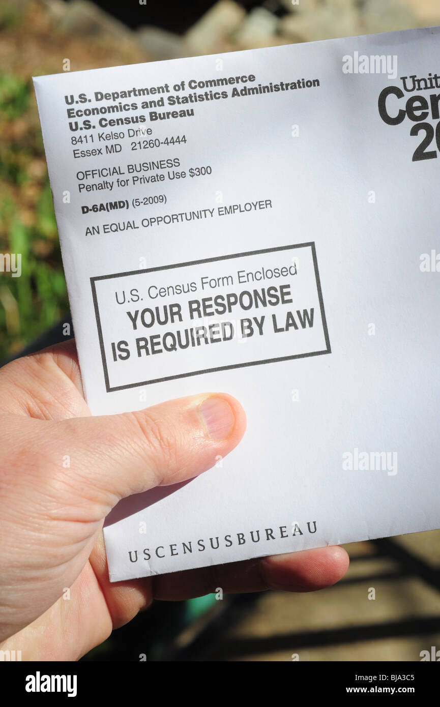 usa-census-2010-envelope-sent-to-every-address-in-america-and-required-BJA3C5.jpg