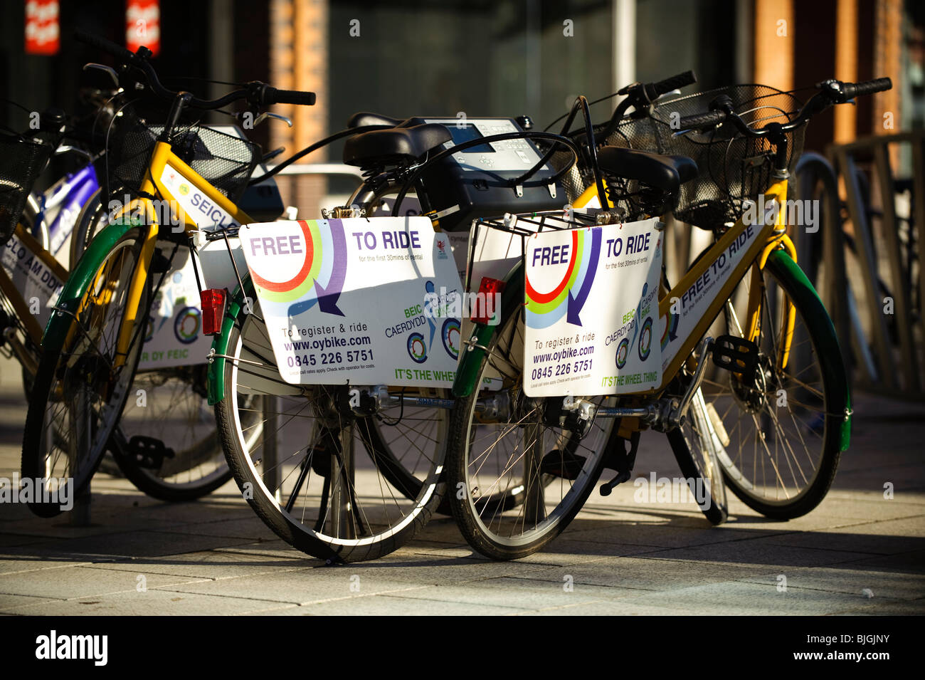 OYBIKE.COM Ring and Ride bike hire service, Cardiff Wales UK - Stock Image