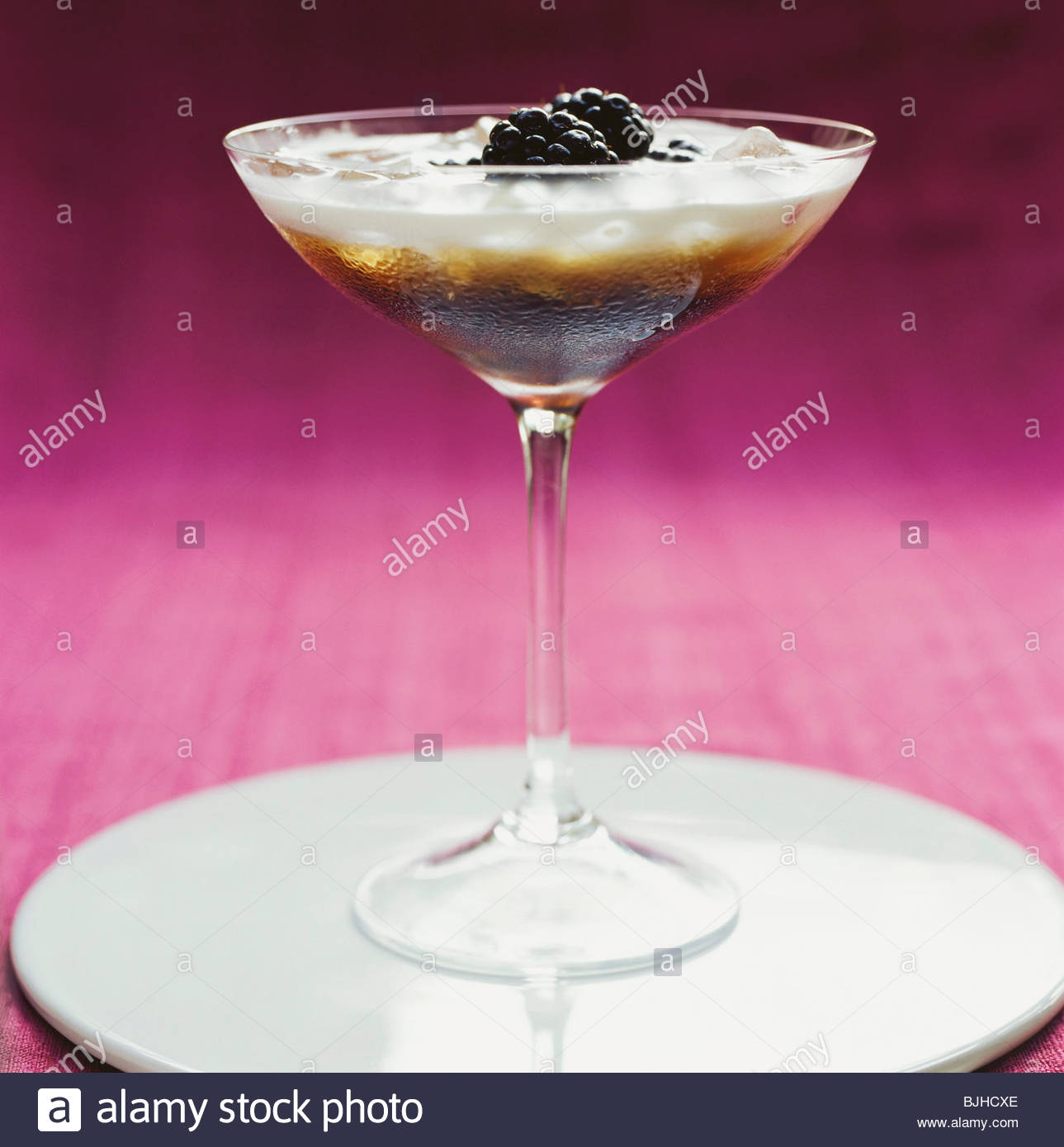 Orchid Cocktail (non-alcoholic, with blackberries) - Stock Image