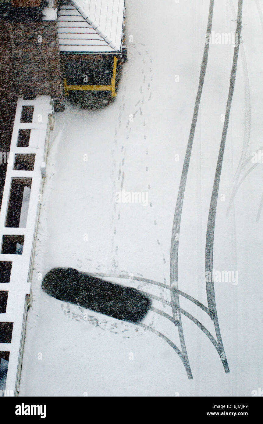 winter weather with cars and snow - Stock Image