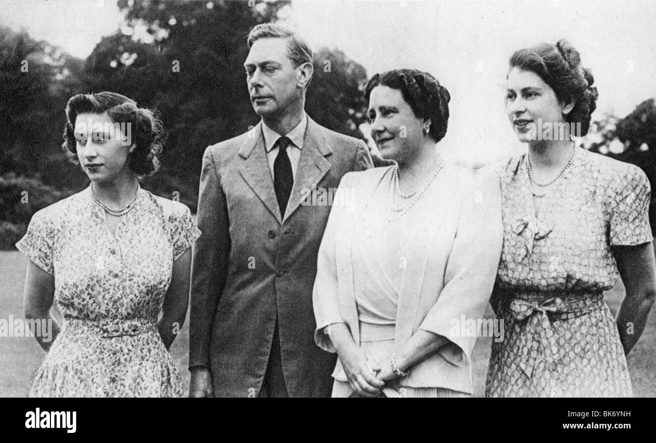 King George Vi With From Left Princess Margaret Queen Elizabeth And