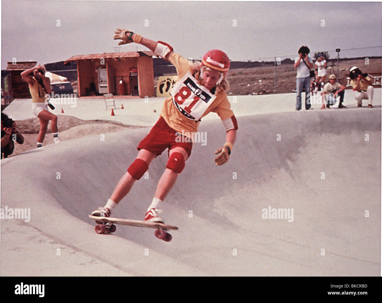 DOGTOWN AND Z-BOYS (2001) STACY PERALTA (DIR) DAZB 007 Stock Photo