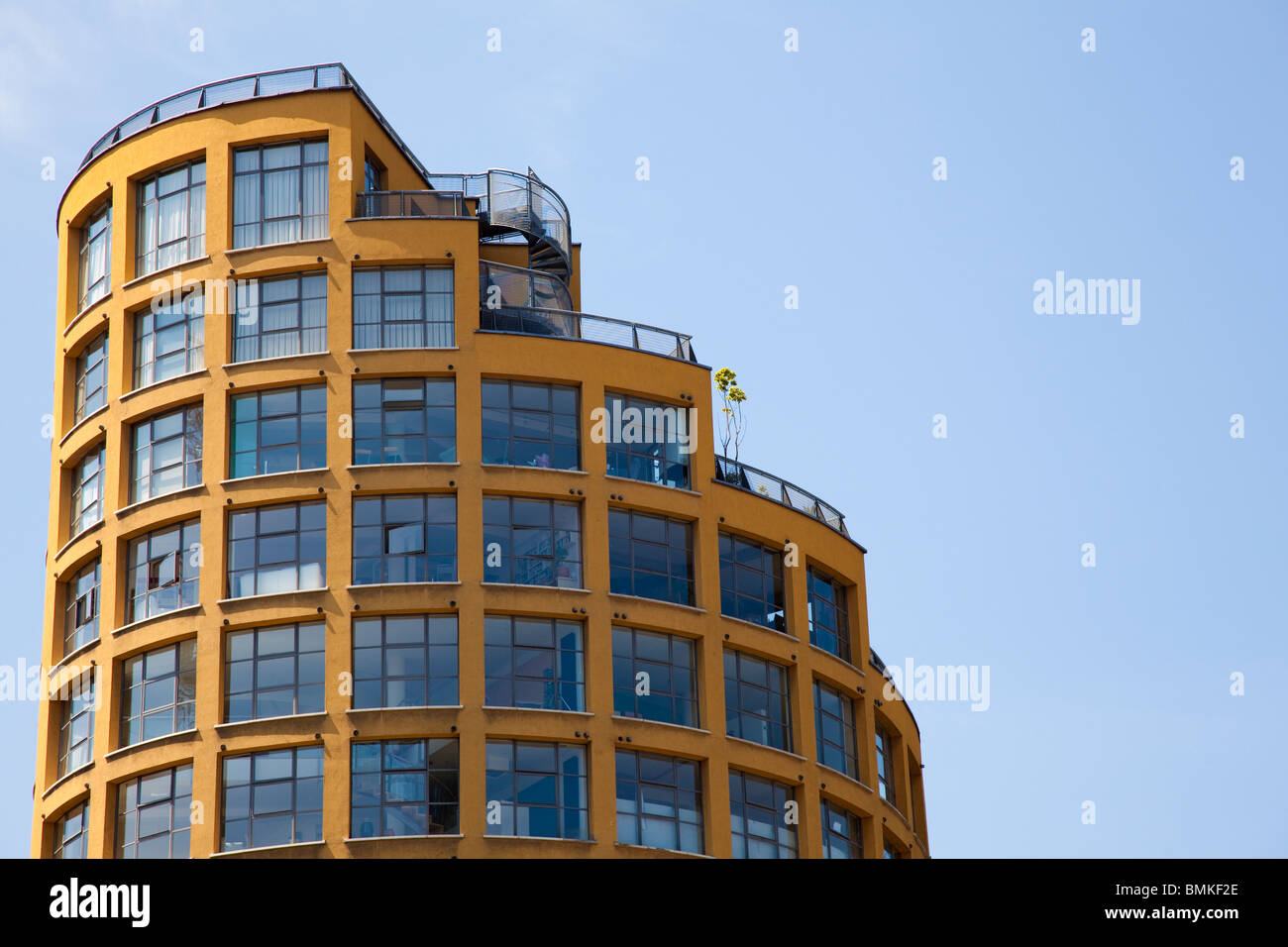 Round tall building with roof garden, Southwark, London, UK - Stock Image