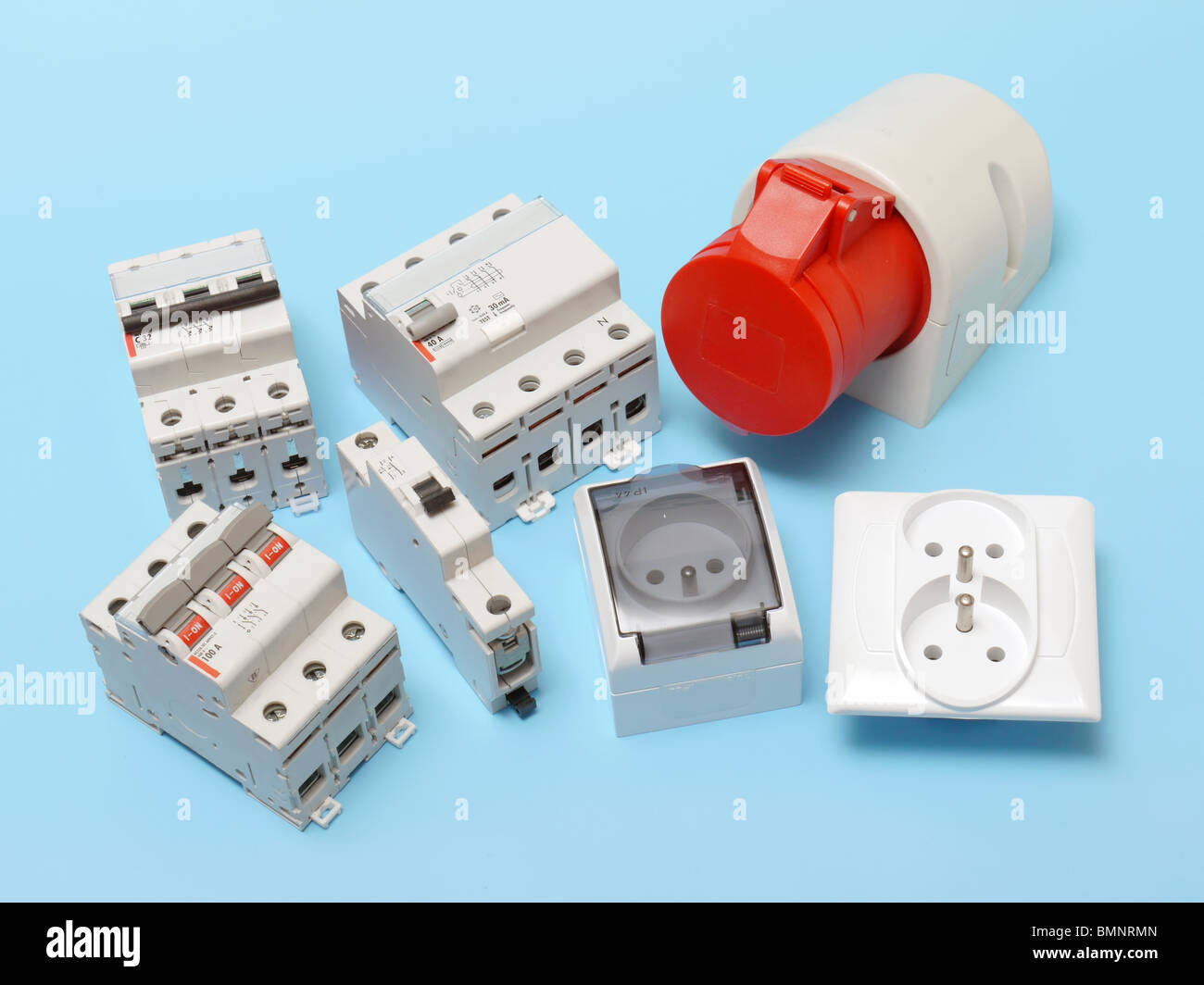 Electrical circuit breakers, main disconnect, power socket and 230 ...