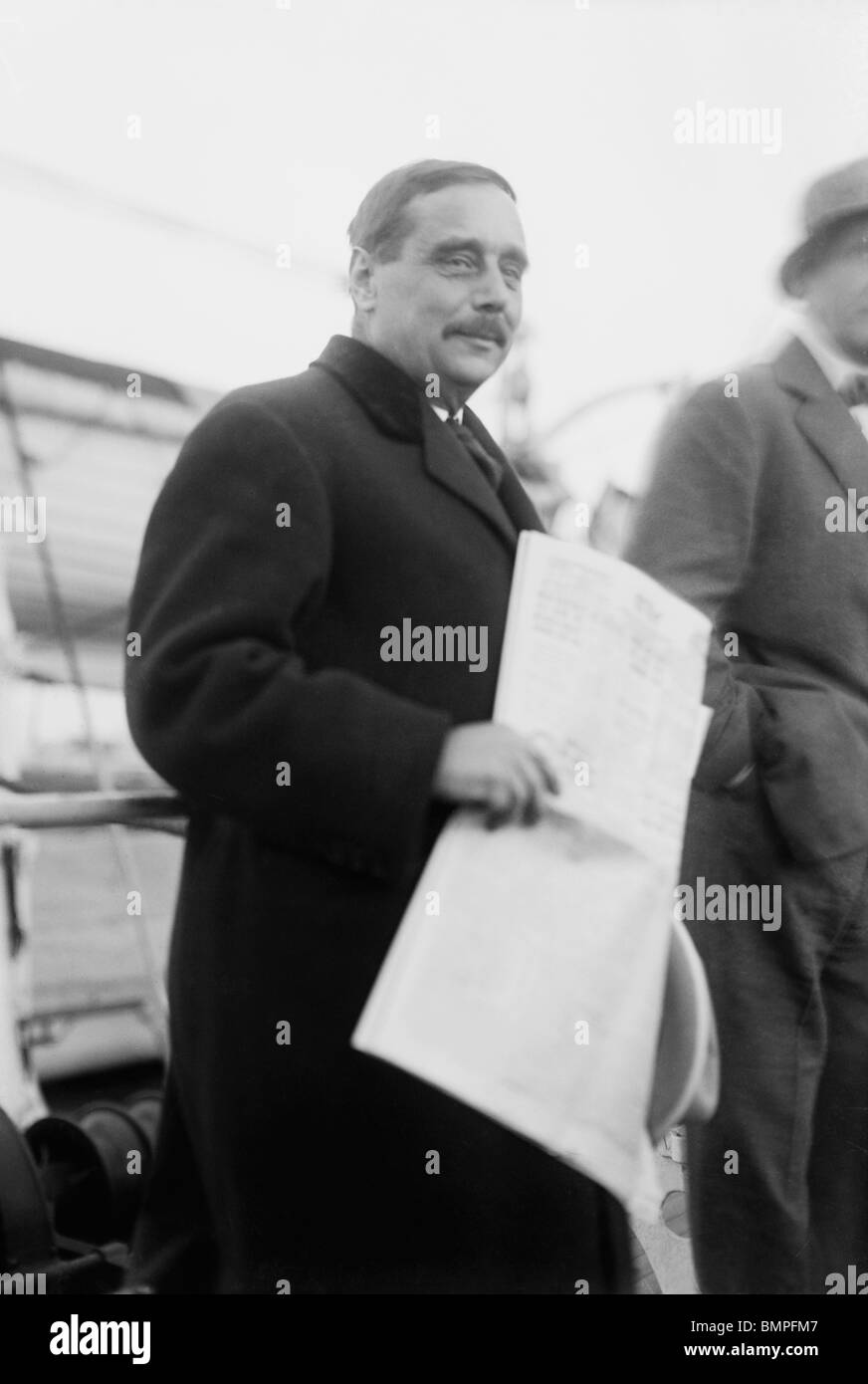 Undated photo of H G (Herbert George) Wells (1866 - 1946) - English author of The War of the Worlds and The Time - Stock Image