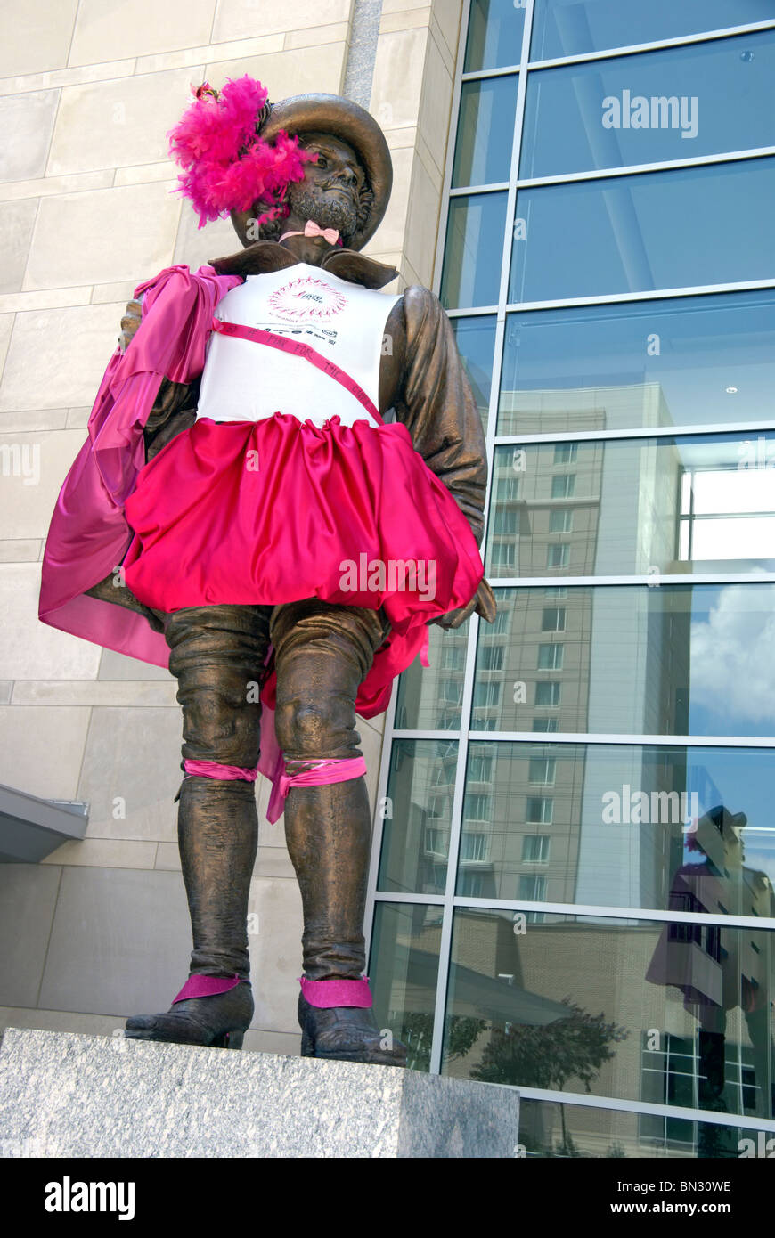 "Sir Walter Raleigh statue dressed in a pink outfit for the ""Race for the Cure 2010"" fundraising event week in Raleigh, Stock Photo"