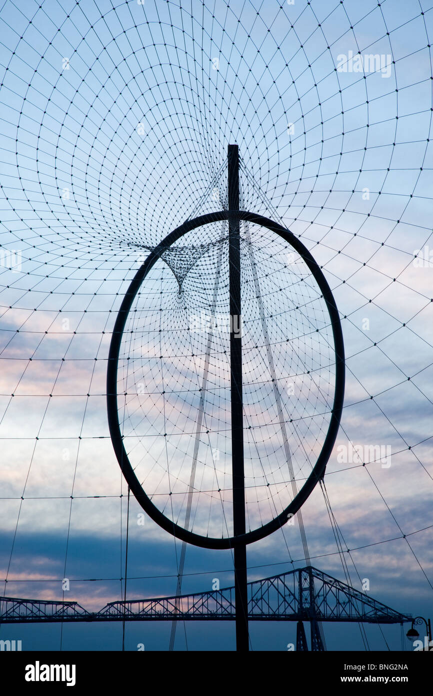 The Temenos Sculpture on the middlehaven Site in Middlesbrough with a deep blue backdrop at dusk. - Stock Image