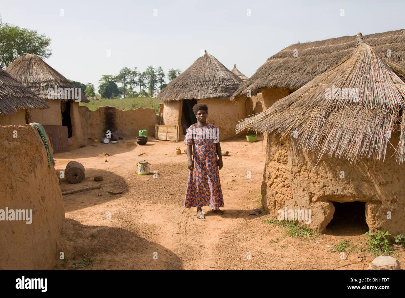 Mamprusi woman at the village of Sor No. 1, Gonja triangle, Damango district, Ghana. - Stock Image