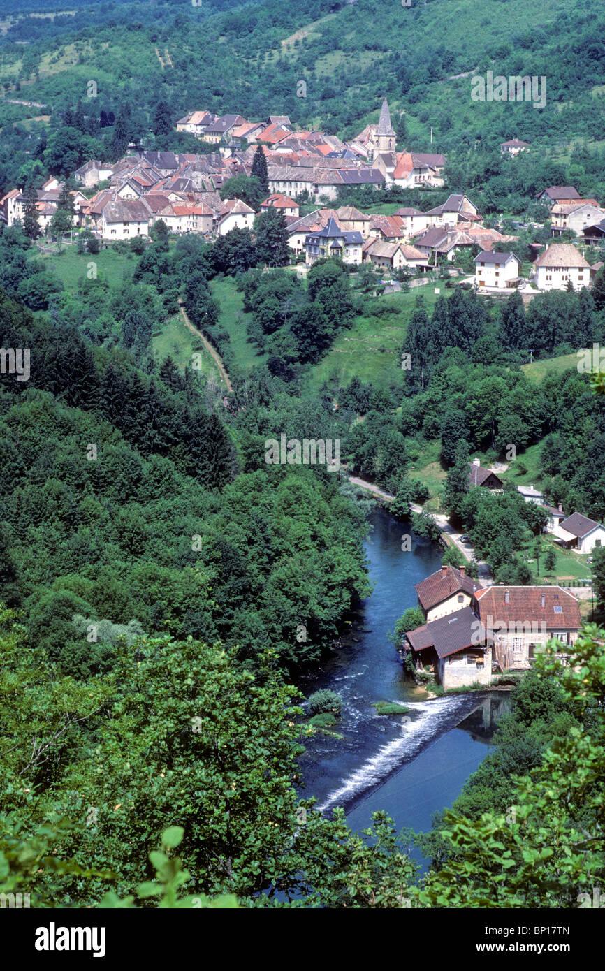 France, Franche-Comté, Doubs (25), La Loue valley, Ornans area, Mouthier-Haute-Pierre - Stock Image