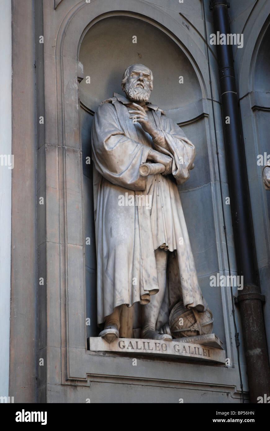 Statue of Galileo Galilei near Uffizi Museum, Florence, Italy - Stock Image