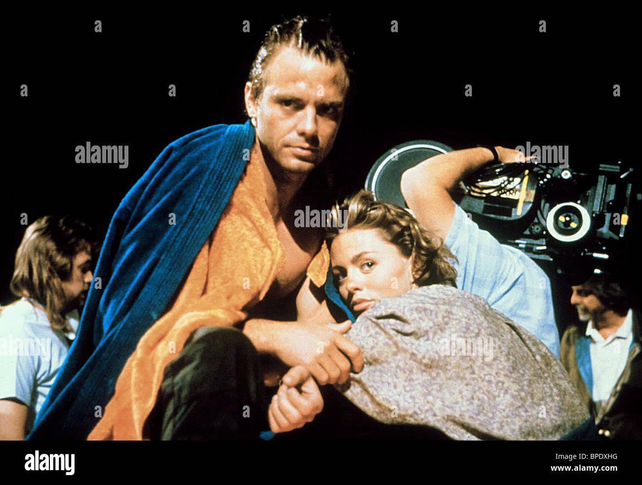 MICHAEL BIEHN & PATSY KENSIT TIMEBOMB (1991) - Stock Image