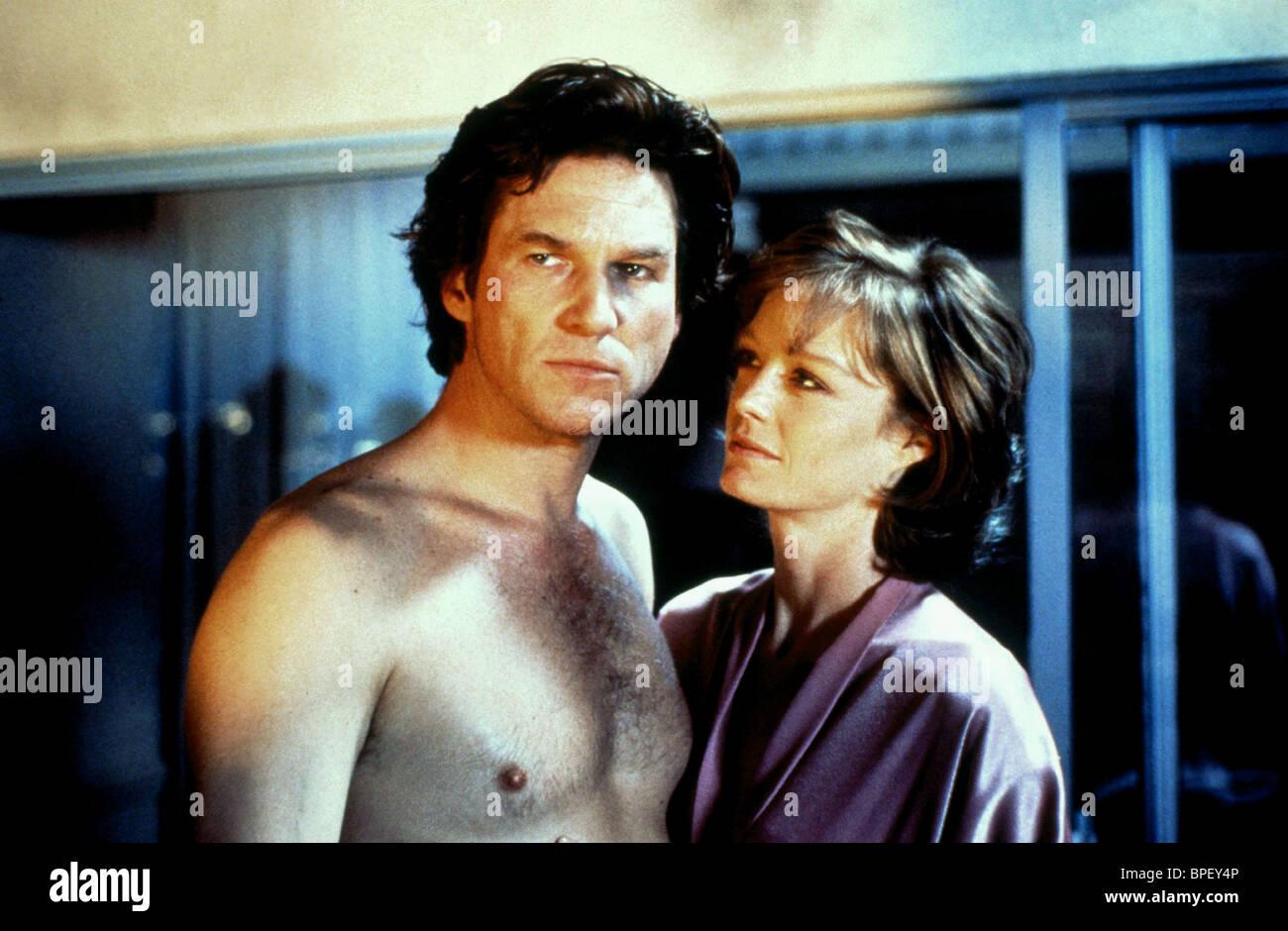 JEFF BRIDGES & SUZY AMIS BLOWN AWAY (1994) Stock Photo