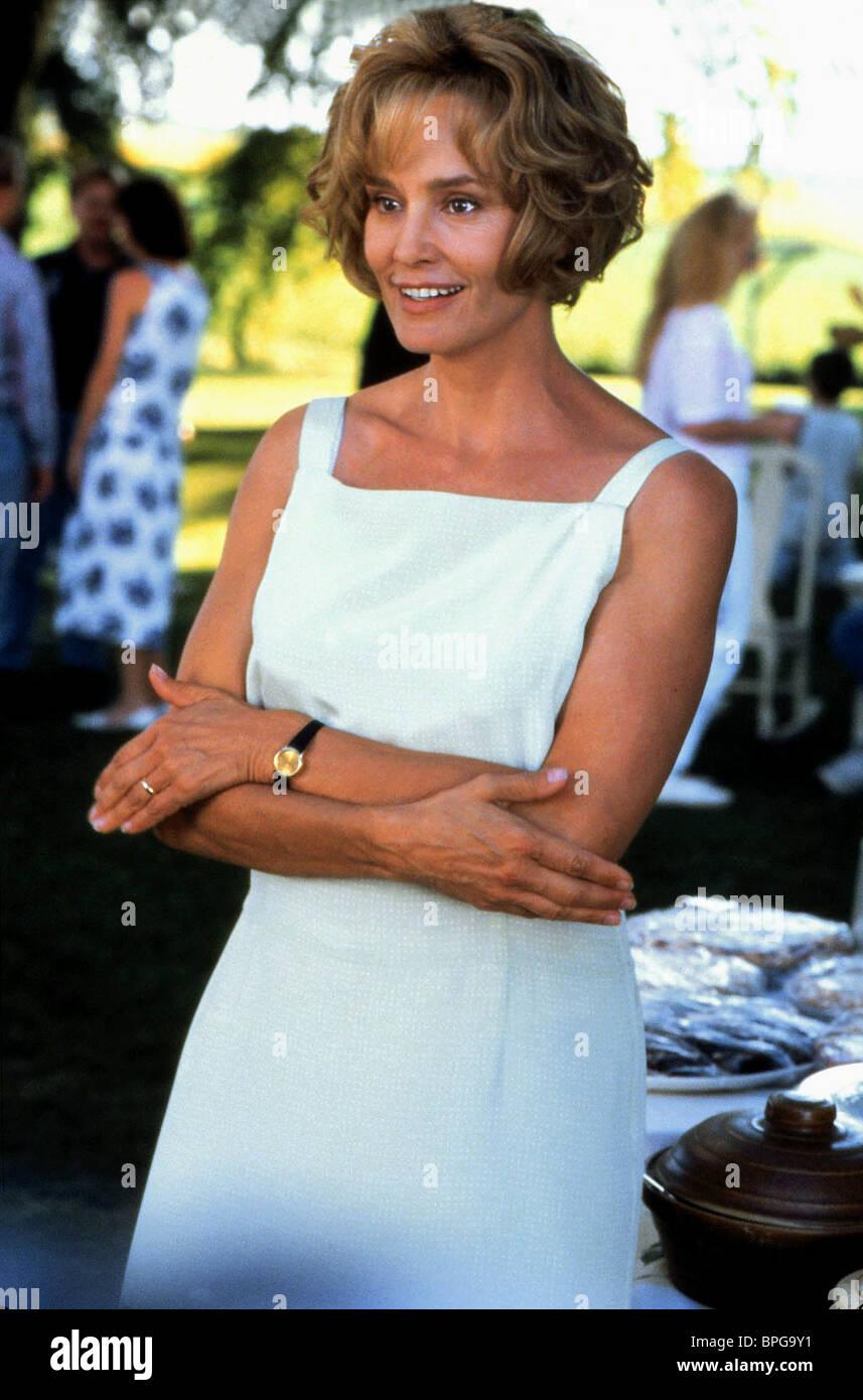 JESSICA LANGE A THOUSAND ACRES (1997) - Stock Image