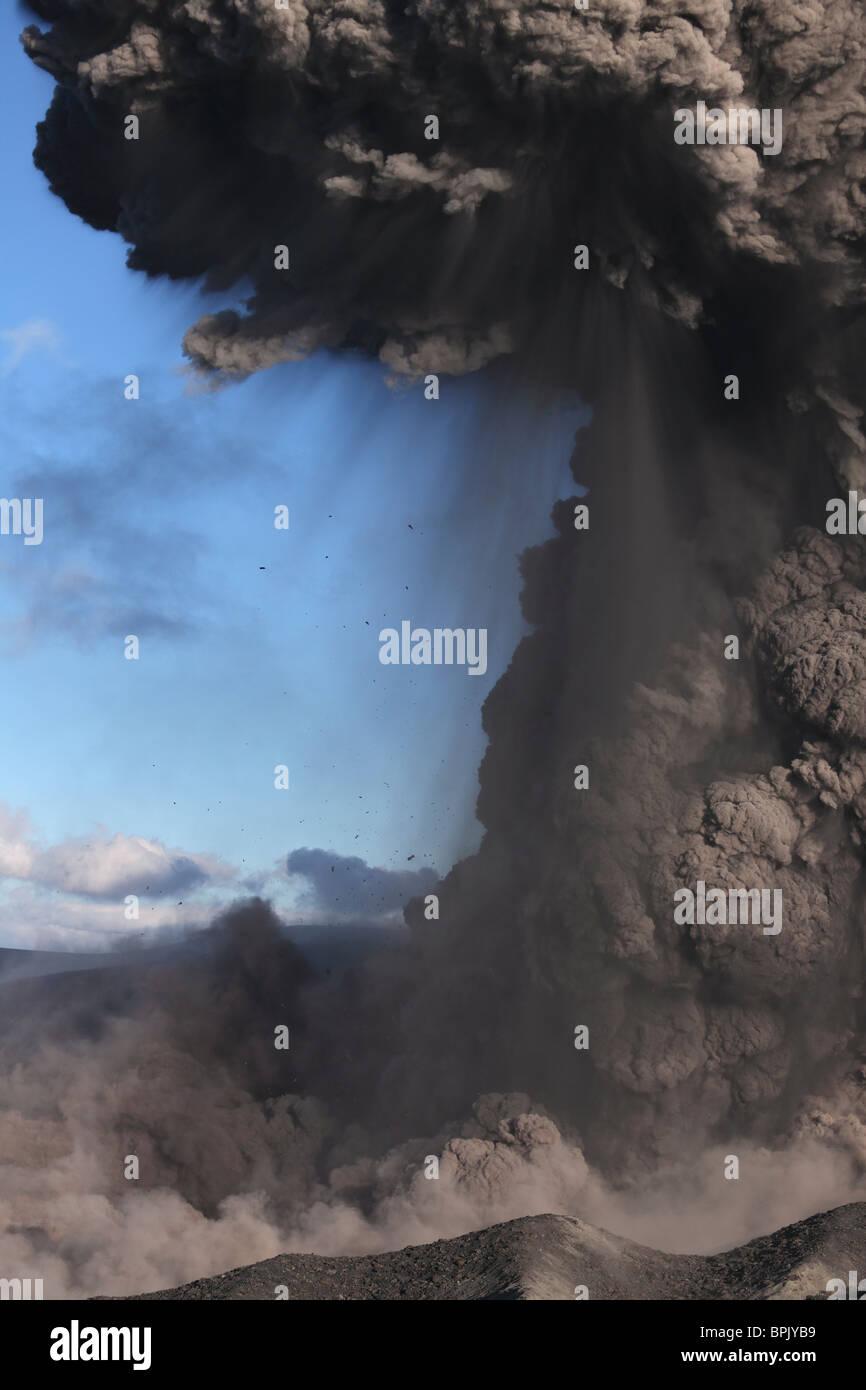 May 10, 2010 - Eyjafjallajökull eruption, Summit crater, Iceland. - Stock Image