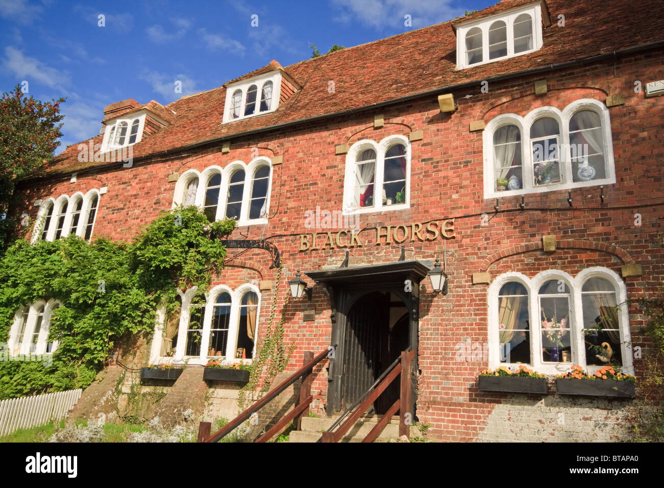 The Black Horse Pub in Pluckley, reputed to be haunted - Stock Image