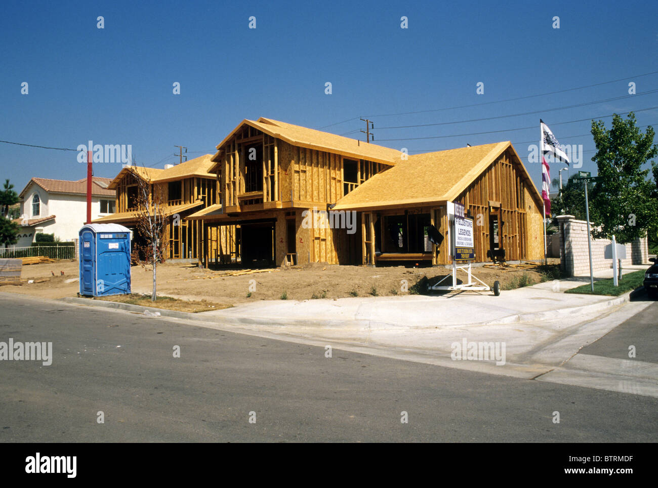 Construction of wooden houses, building materials 67