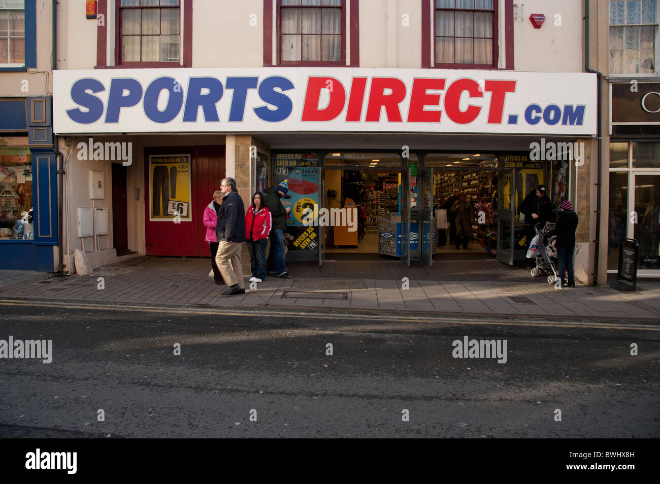 Sports Direct.com sportswear store shop UK - Stock Image